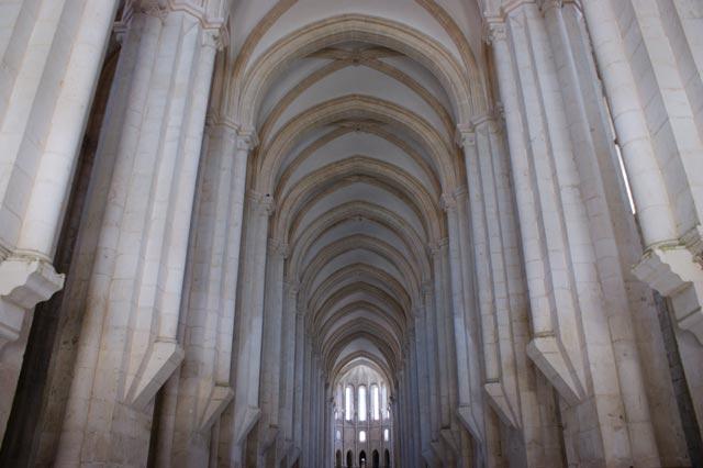 Помещение для служений в монастыре Алкобаса